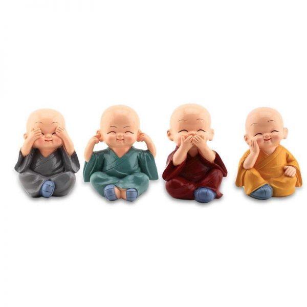 decoration-de-voiture-petits-moines-bouddhistes